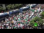 المئات يتظاهرون في الجزائر ضد الدولة العسكرية