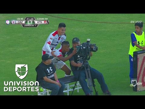 فلسطين اليوم - بالفيديو احتفال مارتينيز مع الكاميرا يخطف الأضواء في الدوري المكسيكي