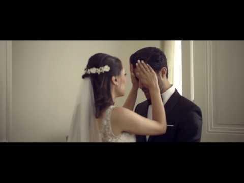 فلسطين اليوم - عريس لا يتمالك دموعه لدى رؤية عروسه