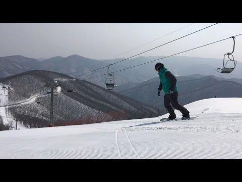 فلسطين اليوم - شاهد رواد التزلج قلة في كوريا الشمالية
