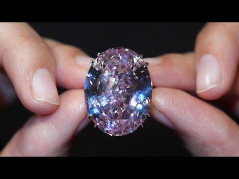 فلسطين اليوم - شاهد هذا هو سعر أكبر حجر الماس وردي يُباع في مزاد