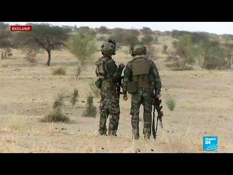القوات الخاصة الفرنسية تستعد للقتال
