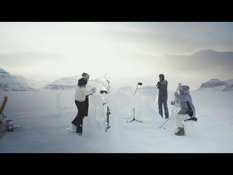 موسيقى عبر آلات جليدية للدعوة إلى الحفاظ على المحيطات