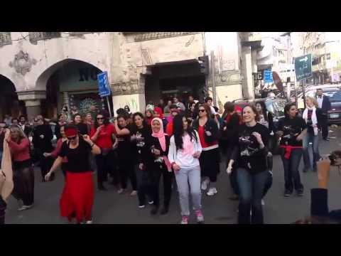 شابات مصريات يخترقنّ الصمت بالرقص