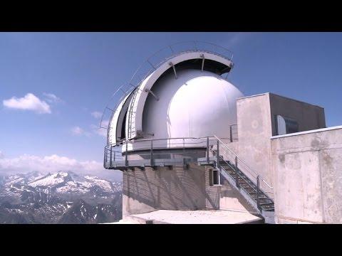 فلسطين اليوم - فيديو مرصد بيك دو ميدي يراقب النجوم
