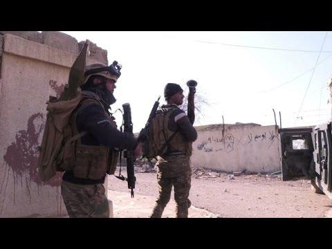 العرب اليوم - شاهد القوات العراقية تتقدم بشكل سريع جنوب شرق الموصل