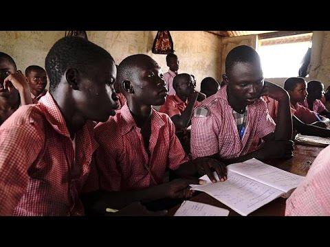 العرب اليوم - شاهد مخيم كاكوما يعني بالتعليم لمساعدة اللاجئين