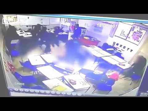 العرب اليوم - طالب يطلق النار على زملائه ثم ينتحر