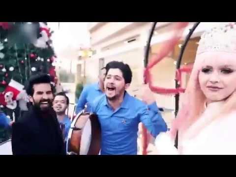 العرب اليوم - شاهد وصلة رقص مجنونة لعريس غير مصدق بالزواج من حبيبته
