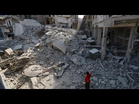 العرب اليوم - شاهد قصف عنيف غير مسبوق في درعا