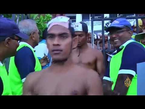 فلسطين اليوم - انطلاق مهرجان السباحة المفتوحة في سريلانكا