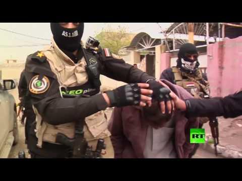 فلسطين اليوم - شاهد لحظة اعتقال أنصار تنظيم داعش في الموصل