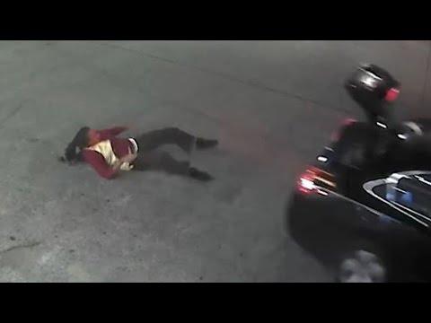 فلسطين اليوم - شاهد شجاعة تهرب من خاطفها بالقفز من حقيبة السيارة
