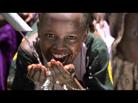 فلسطين اليوم - شاهد طفل من كل 4 سيحرم من المياه بحلول 2040