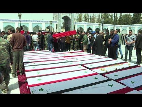 فلسطين اليوم - شاهد تشييع العشرات من قتلى الفوعة وكفريا قرب دمشق