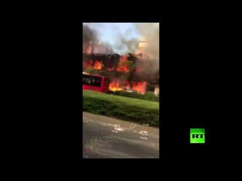 فلسطين اليوم - لحظة انفجار غاز أثناء حريق في مطعم صيني