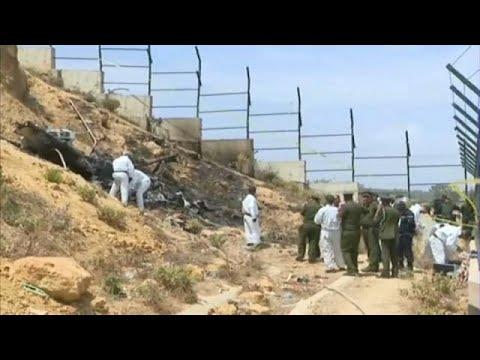 فلسطين اليوم - شاهد حطام المروحية التي سقطت في ضاحية العاصمة الجزائرية
