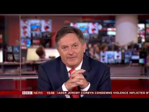 فلسطين اليوم - شاهد رد فعل مذيع bbc لحظة قراءة خبر لا يعجبه