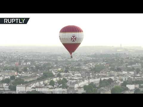 فلسطين اليوم - مشاهد رائعة من مهرجان البالونات في بريطانيا