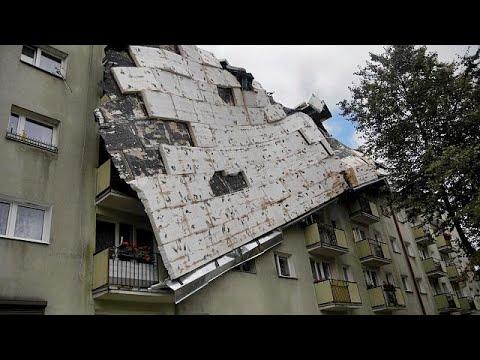 فلسطين اليوم - العاصفة المدمرة في بولندا