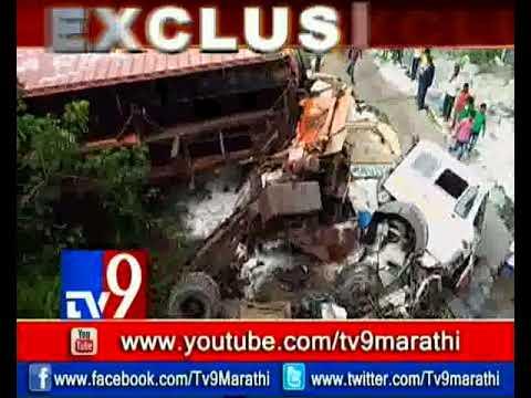 فلسطين اليوم - حادث عنيف على طريق مومباي يتسبب في انهيار جسر حاويات