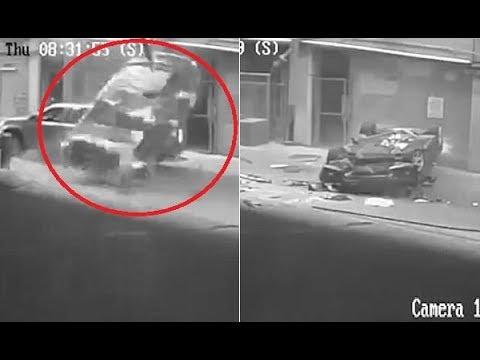 فلسطين اليوم - شاهد نجاة سائقة بأعجوبة بعد سقوط سيارتها من الطابق السابع