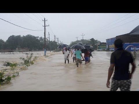 فلسطين اليوم - الأمطار الغزيرة تتسبب في فيضانات عارمة في نيبال