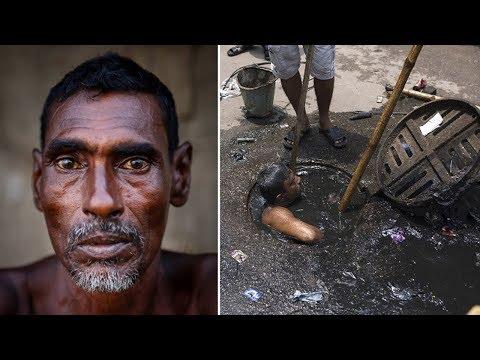 فلسطين اليوم - شاهد شخص يختبئ في المجاري بسبب الإحراج من عمله