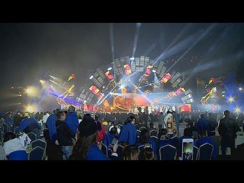 فلسطين اليوم - شاهد مهرجان للنجوم الآسيوية في ألماتي