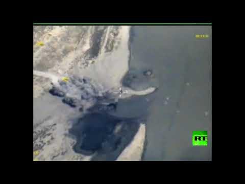 فلسطين اليوم - الطيران الروسي يقصف زوارق داعش في الفرات