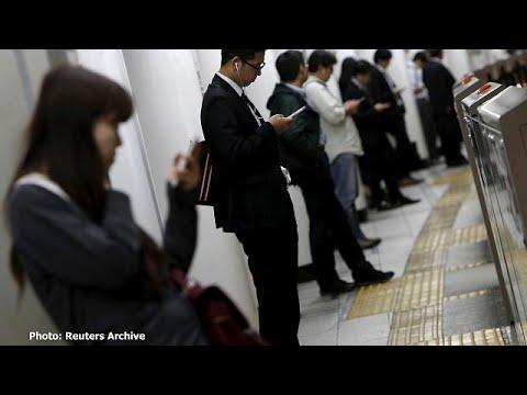 فلسطين اليوم - شاهد وفاة صحافية يابانية بسبب 159 ساعة عمل إضافية في الشهر