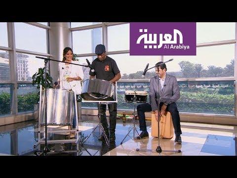 فلسطين اليوم - شاهد مقدما صباح العربية يعزفان علي الدرامز على الهواء مباشرة
