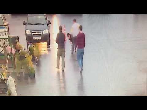 فلسطين اليوم - شاهد زبون يقتل حلاقًا بسبب تسريحة شعر في روسيا