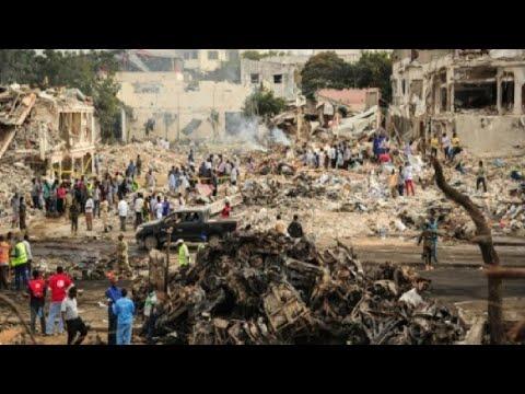 فلسطين اليوم - شاهد ارتفاع حصيلة اعتداء مقديشو إلى 137 قتيلاً على الأقل
