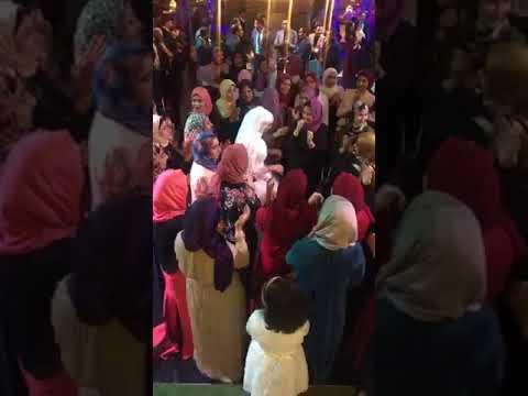 شاهد عروس تبهر ضيوف زفافها برقصة على مهرجان العب يالا