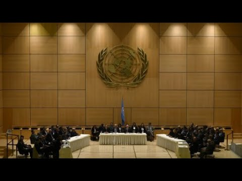المعارضة السورية تجتمع في الرياض لانتخاب الوفد المفاوض في جنيف