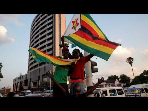 شاهد مظاهر الفرح تعم شوارع زيمبابوي بعد إعلان موغابي لاستقالته
