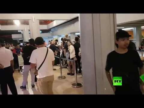 شاهد سياح عالقين في جزيرة بالي الإندونيسية بسبب إغلاق مطارها