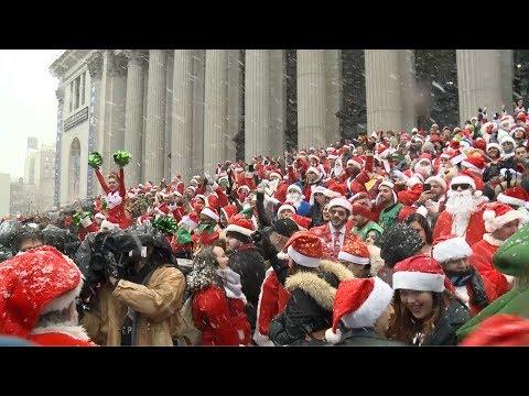 سانتا كلوز يغزو شوارع لندن