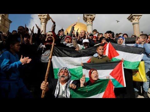 مواجهات عنيفة في جمعة الغضب بالضفة الغربية وقطاع غزة