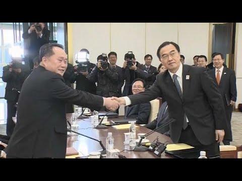 بدء أول محادثات رسمية بين الجارتين الكوريتين