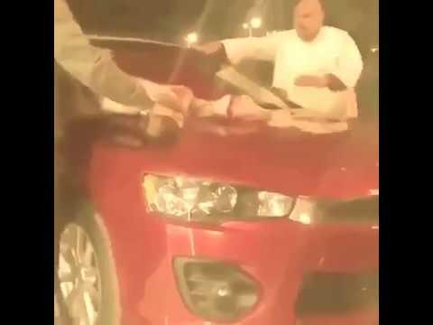 مصري يثير الجدل بما فعله في سيارته الجديدة