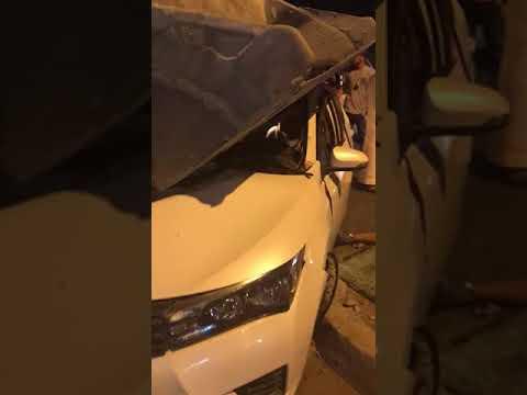 العناية الإلهية تُنقذ شابين مِن حادث تصادم بشاحنة في جدة