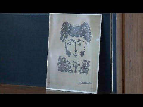 شاهد سرقة لوحة أصلية للفنان بيكاسو