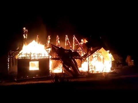 إضرام النار في كنيسة في تشيلي