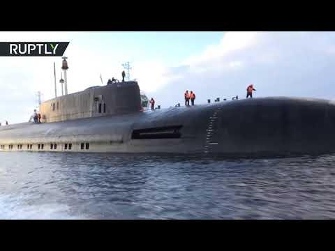 شاهد فيديويعرض جمال وهيبة أسطول الغواصاتشاهد فيديويعرض جمال وهيبة أسطول الغواصات
