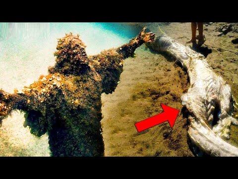 شاهد تمثال المسيح في متحف تحت الماء