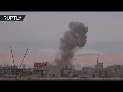 شاهد صواريخ غراد تدكّ معاقل داعش جنوبي دمشق