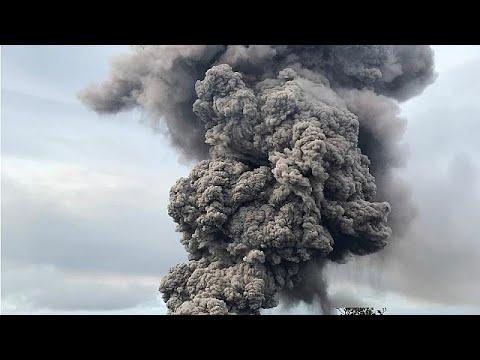 شاهد إنذار من غاز سام جراء بركان كيلاويا في هاواي