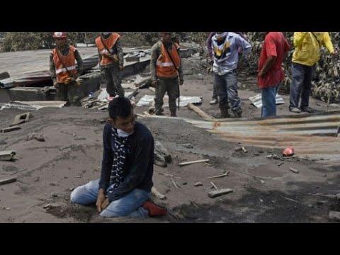 شاهد مقتل العشرات وفقد المئات وآلاف المهجرين حصيلة ثوران بركان فويغو